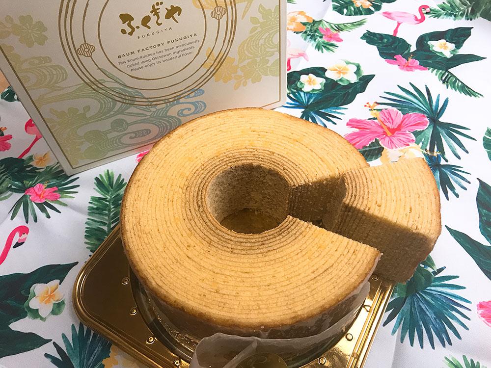 沖沖縄旅行で喜ばれるおすすめお土産ふくぎやのバウムクーヘン・お菓子御殿いもいもタルト